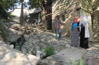 SU KANALI - Atık Su Kanalı Kapatılmayı Bekliyor