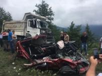 Cankurtaran Geçidi'nde feci kaza: 3 ölü, 3 yaralı