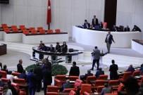 SEZGİN TANRIKULU - CHP'li Sezgin Tanrıkulu'ndan iç tüzük protestosu