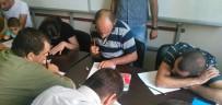 ÖĞRETMEN - Engelliler Okuma-Yazma Öğrendi