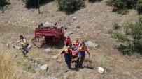 Kamyonet Tarlaya Yuvarlandı Açıklaması 2 Yaralı