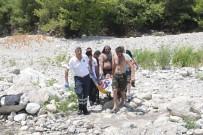AŞIRI KİLOLU - Kanyonda Suya Atlayan Turistin Ayağı Kırıldı