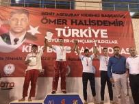 ÖMER HALİSDEMİR - Kick Boks Türkiye Şampiyonu Oldu