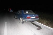 112 ACİL SERVİS - Otomobil Traktöre Çarptı Açıklaması 1 Yaralı