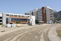 İSMAIL ÇORUMLUOĞLU - Vali Güvençer, Yeni Hastanelerin Hizmete Giriş Tarihini Açıkladı