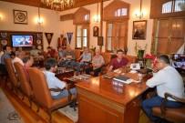 PAZARCI ESNAFI - Başkan Yağcı, Pazarcı Esnafıyla Bir Araya Geldi