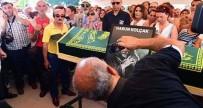 MÜSLÜMANLIK - Harun Kolçak'ın Cenazesinde Selfie Şoku!