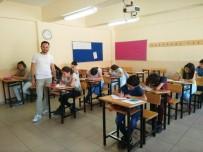 AKILLI TAHTA - Hisarcık'ta Destekleme Ve Yetiştirme Yaz Kurslarına Yoğun İlgi
