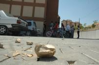 FATİH MEHMET ERKOÇ - Kahramanmaraş'ta Taş Yağdı