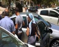 SAKARYA CADDESİ - Otomobilde Rehin Kalan Çocuk Cam Kırılarak Krutarıldı
