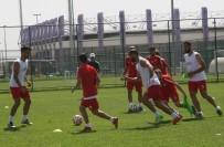 AFYONKARAHISAR - Bayram Bektaş Açıklaması 'İstediğimiz Futbol Anlayışını Yavaş Yavaş Sahaya Yansıtıyoruz'