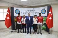 GENÇLİK VE SPOR İL MÜDÜRÜ - Başkan Atilla Açıklaması 'Sporcularımızın Yanındayız'