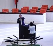 İÇ TÜZÜK - CHP Milletvekillerinin Meclis'teki İç Tüzük Eylemi Devam Ediyor
