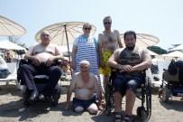 BEDENSEL ENGELLİ - Engelli Vatandaşların Deniz Keyfi