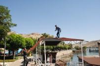 SAKLI CENNET - Halfeti'de Kaçak Yapıya Geçit Yok