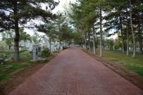 BÜYÜKŞEHİR YASASI - Konya'da Bütün Mezarlıklara Büyükşehir Eli Değdi