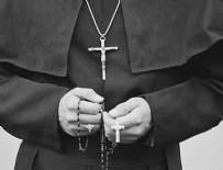 TOPLU TECAVÜZ - Parasını isteyen papaza 3 kadın tecavüz etti