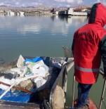 ÇÖP KUTUSU - 12 Günde 6.1 Kilometrekarelik Göl Yüzeyi Temizlendi