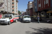 YAŞAR ERYıLMAZ - Ağrı'da Taşlı Sopalı Kavga Açıklaması 6 Yaralı