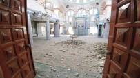 KıYAMET - Camide Cemaatin Olmaması Faciayı Önledi