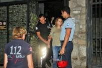 GÜMBET - Çatıya çıkan Rus turisti polisler kurtardı