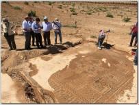 BOLAT - Elbeyli'de Mozaik Kurtarma Kazısı