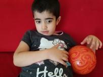İNGILTERE - Türkmen Aile Küçük Nur İçin Yardım Bekliyor