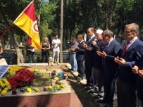 ANMA TÖRENİ - Ali Sami Yen, Kabri Başında Anıldı