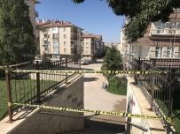 Gaz Patlaması Sonrası 1'İ Ağır 2 Kişi Yaralandı