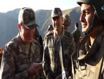 HULUSİ AKAR - Hulusi Akar'dan asker babasına telefon