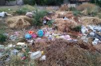 Köydeki Çöpler İnsan Sağlığını Tehdit Ediyor