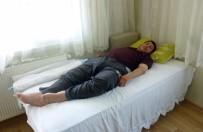 HAYDARPAŞA - Parmakları Uyuştuğu İçin Gittiği Hastaneden Felç Olarak Çıktı