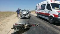 KURUCUOVA - Afyonkarahisar'da Motosiklet İle Otomobil Kafa Kafaya Çarpıştı Açıklaması 1 Ölü, 1 Yaralı