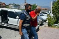 Belediye Binasına Giren Hırsızlar, Kullandıkları Aracın Bozuk Park Lambasından Yakalandı