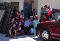 PATLAMA SESİ - Binada Mahsur Kalan 14'Ü Çocuk 23 Kişi Kurtarıldı