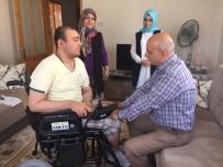 AKÜLÜ SANDALYE - Büyükşehir İki Engelliyi Daha Sevindirdi