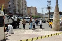 VELAYET DAVASI - Diyarbakır'da Silahlı Kavga Açıklaması 1 Polis Yaralandı