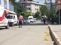 SOYGUN - İstanbul'da Soyguncular Polisle Çatıştı Açıklaması 4 Yaralı