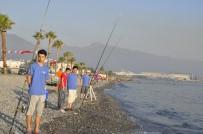 BALIK AVI - Kıyıdan Balık Avı Turnuvası