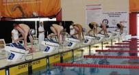 KURBAĞA - Mersin'de Yüzücüler Barajı Geçmek İçin Yüzdü