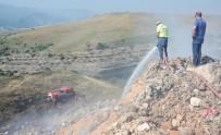 KıZıLCAÖREN - Şehir Çöplüğünde Çıkan Yangında Duman Tüm Kente Yayıldı