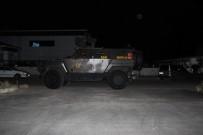 ZIRHLI ARAÇ - Fabrika Bahçesindeki Eğlenceye Özel Harekat Polisi Zırhlı Araçla Müdahale Etti