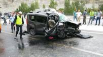 FARABI - Gümüşhane'de Trafik Kazası Açıklaması 1 Ölü, 4 Yaralı