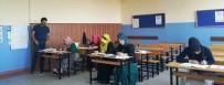 HEDİYELİK EŞYA - İzmit Belediyesi Okuma Yazma Öğretiyor