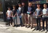 ÜLKÜ OCAKLARı - Karaman'da, Ülkü Ocakları Uyuşturucu İle Mücadele Broşürleri Dağıttı