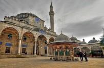 HAKAN TÜTÜNCÜ - Kepez'in Camileri De Dönüşüyor