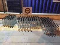 SAHTE İÇKİ - Mersin'de Bir Araçta 204 Şişe Sahte İçki Ele Geçirildi
