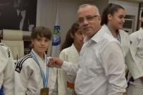 SELANIK - Nehir Ekşi Balkan Şampiyonu