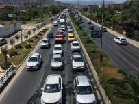 TRAFİK YOĞUNLUĞU - 20. Gününe Giren Grev İzmir Ulaşımını Vurdu
