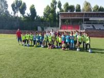 HALK EĞITIMI MERKEZI - Ahlat'ta Futbol Kursu İlgi Görüyor